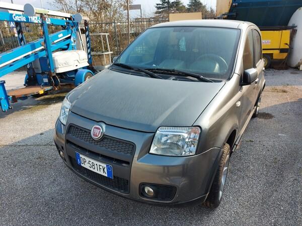 4#5997 Autovettura Fiat Panda 100HP in vendita - foto 2