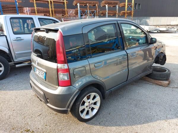 4#5997 Autovettura Fiat Panda 100HP in vendita - foto 3