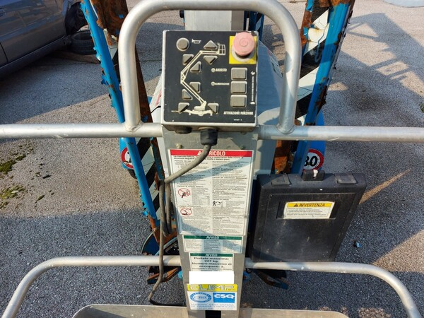 8#5997 Piattaforma Genie Industries TMZ 34/19 in vendita - foto 7
