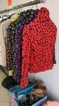 Immagine 5 - Sciarpe damascate e camice donna - Lotto 3 (Asta 6006)