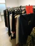 Immagine 30 - Sciarpe damascate e camice donna - Lotto 3 (Asta 6006)