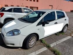 Autocarro Fiat Punto