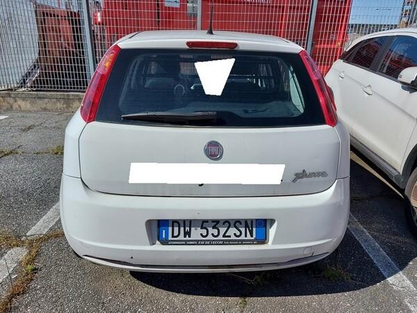 2#6008 Autocarro Fiat Punto in vendita - foto 2