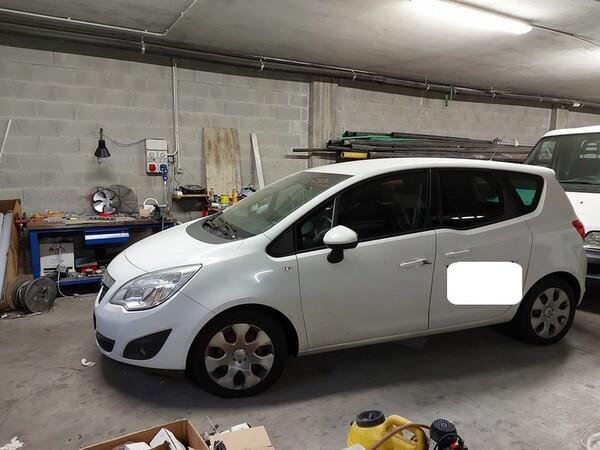 7#6008 Autovettura Opel Meriva in vendita - foto 1