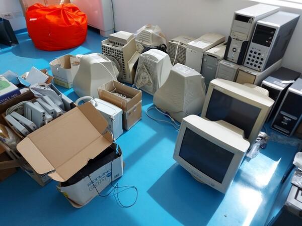 9#6008 Arredi e attrezzature per ufficio in vendita - foto 42