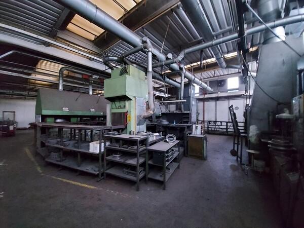 14#6026 Linea con forni Sofind e presse Electromodul in vendita - foto 1