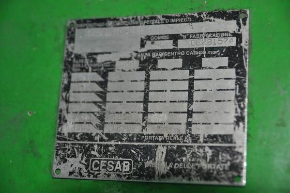 10#6028 Carrello elevatore Cesab con caricabatteria in vendita - foto 6