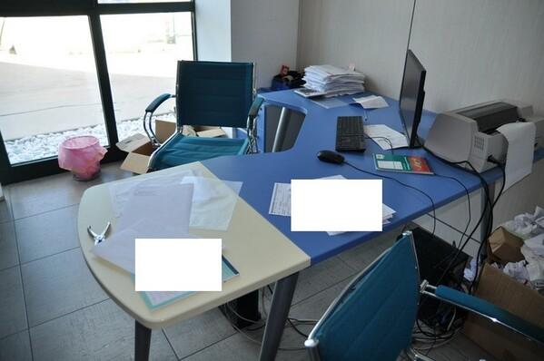 12#6028 Arredi e attrezzature per ufficio in vendita - foto 1