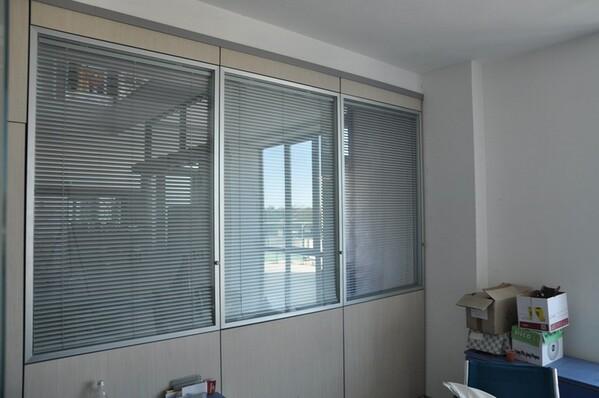 12#6028 Arredi e attrezzature per ufficio in vendita - foto 4