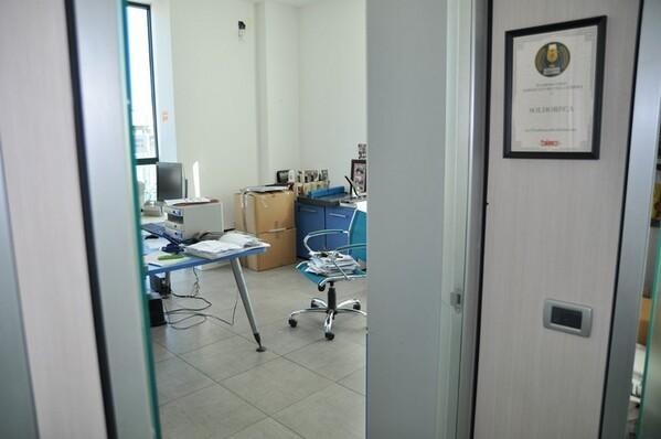12#6028 Arredi e attrezzature per ufficio in vendita - foto 21