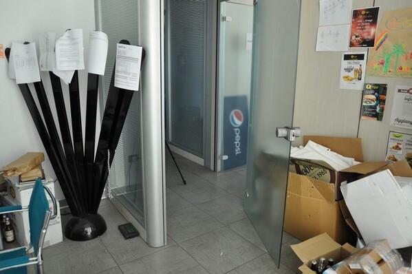 12#6028 Arredi e attrezzature per ufficio in vendita - foto 34
