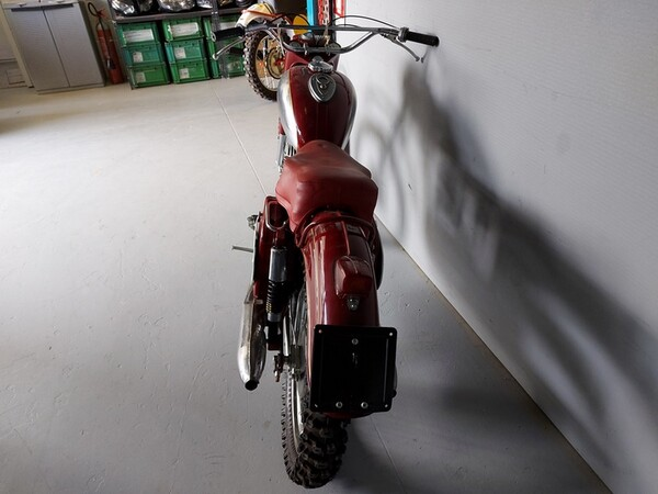44#6030 Moto Jawa 350 in vendita - foto 2