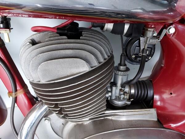 44#6030 Moto Jawa 350 in vendita - foto 7