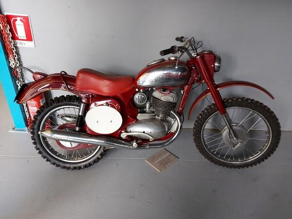 44#6030 Moto Jawa 350 in vendita - foto 10