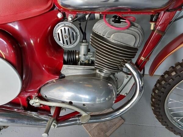 44#6030 Moto Jawa 350 in vendita - foto 11