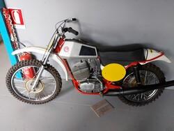 Motocross CZ MX400