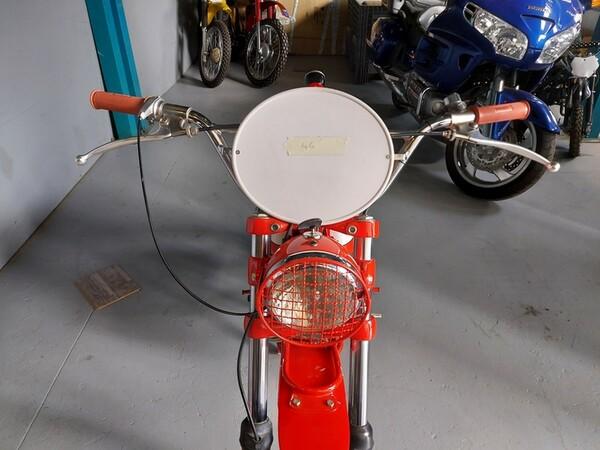 46#6030 Moto Augusta MV 125 in vendita - foto 4
