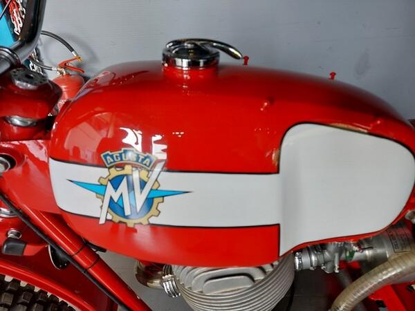 46#6030 Moto Augusta MV 125 in vendita - foto 5