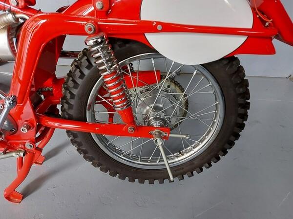 46#6030 Moto Augusta MV 125 in vendita - foto 7
