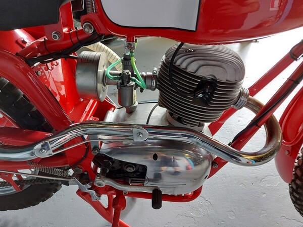 46#6030 Moto Augusta MV 125 in vendita - foto 9