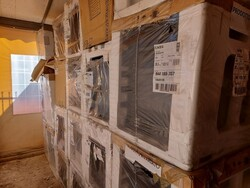 Comac scrubbing machines and office furniture - Auction 6042