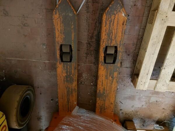 3#6042 Stoccatore elettrico Still e transpallet manuale in vendita - foto 7