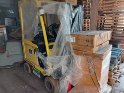 Hyster electric forklift - Lot 4 (Auction 6042)
