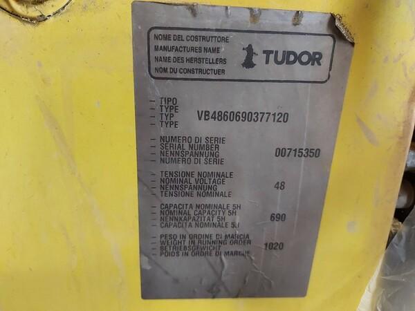 4#6042 Carrello elevatore elettrico Hyster in vendita - foto 6