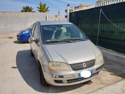 Automobile Fiat Idea