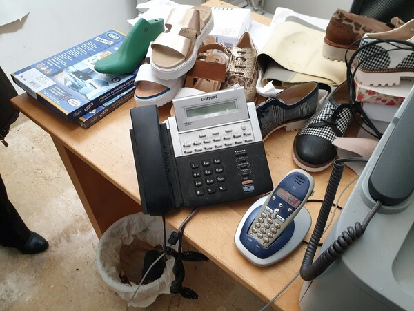 4#6047 Arredi e attrezzature elettroniche da ufficio in vendita - foto 2