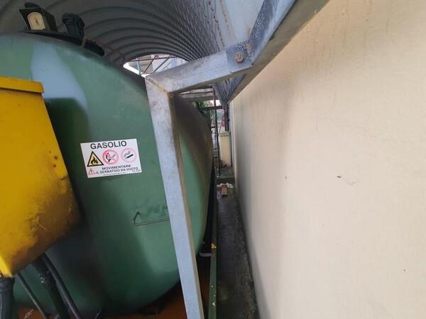 14#6048 Serbatoio carburante Savi per carrelli elevatori in vendita - foto 4