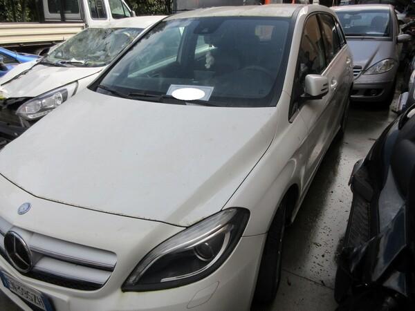 2#6049 Autovettura Mercedes B 180 in vendita - foto 1