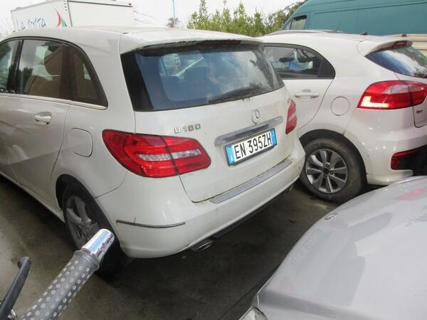 2#6049 Autovettura Mercedes B 180 in vendita - foto 3