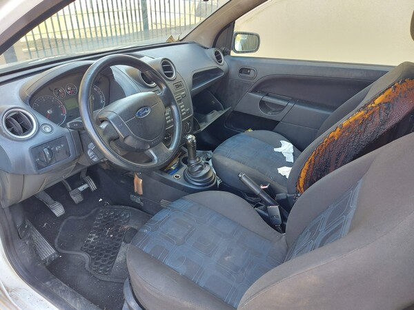 1#6052 Autocarro Ford Fiesta in vendita - foto 12