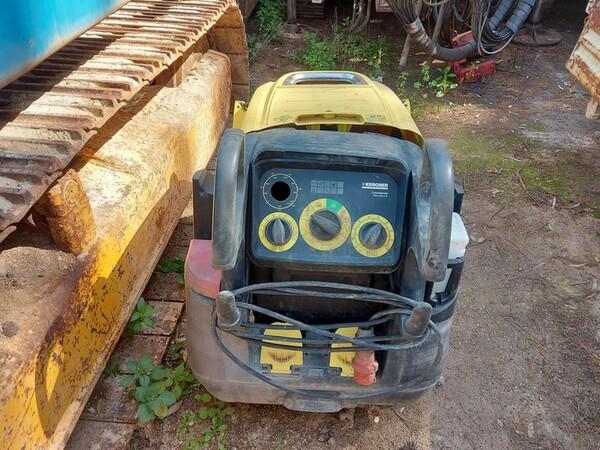 25#6053 Container uso ufficio e Idropulitrice a caldo Karcher in vendita - foto 4