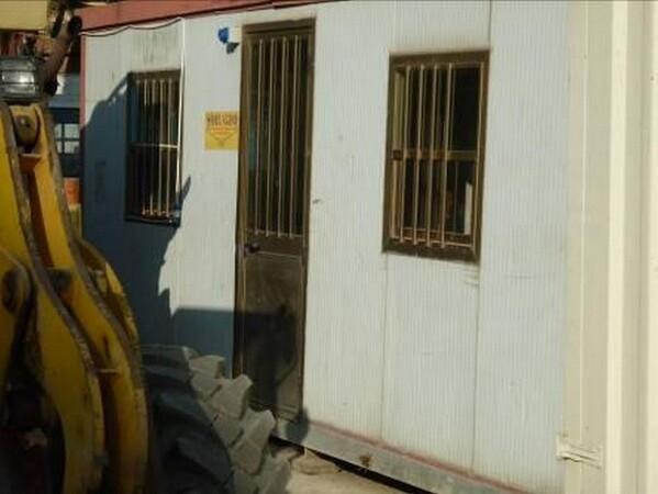 25#6053 Container uso ufficio e Idropulitrice a caldo Karcher in vendita - foto 13