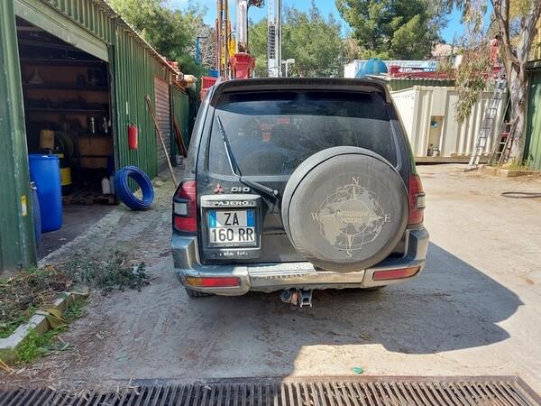 28#6053 Automobile Mitsubishi Pajero in vendita - foto 2