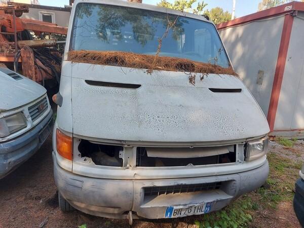 29#6053 Autocarro Iveco Daily in vendita - foto 2