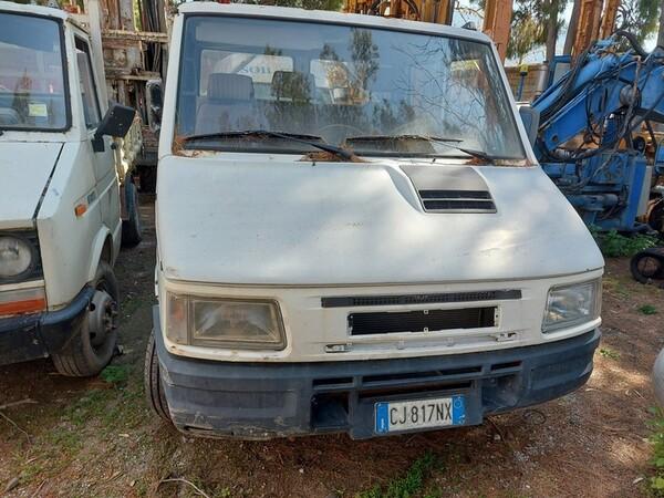 33#6053 Autocarro Iveco in vendita - foto 5