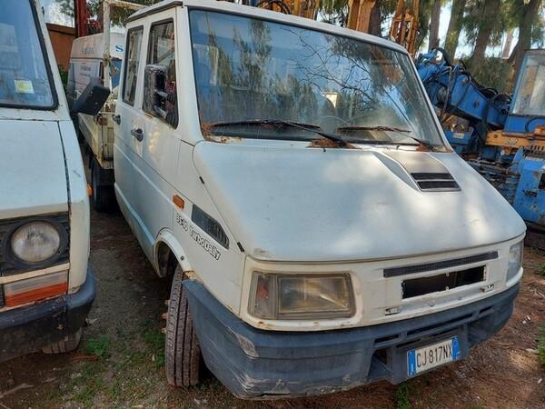 33#6053 Autocarro Iveco in vendita - foto 6