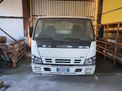 Isuzu truck - Lot 4 (Auction 6054)