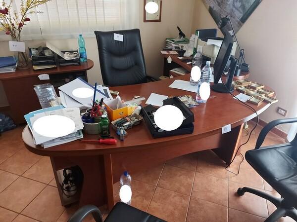 1#6058 Arredamento ufficio in vendita - foto 8