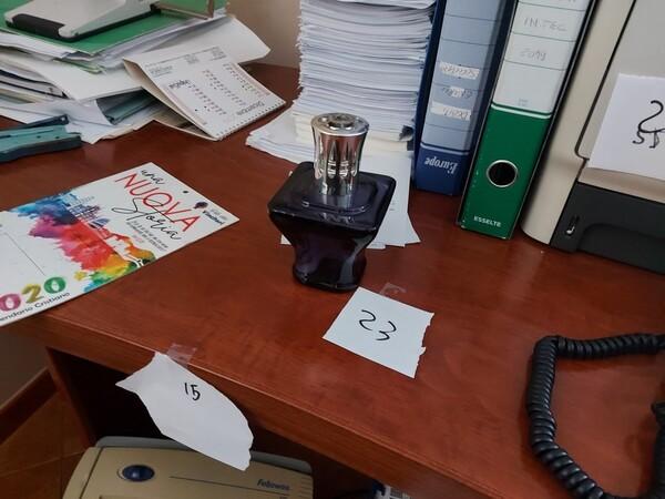 1#6058 Arredamento ufficio in vendita - foto 23