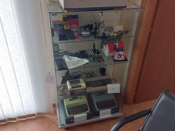 1#6058 Arredamento ufficio in vendita - foto 47