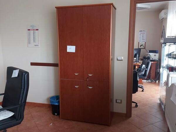2#6058 Arredamento ufficio in vendita - foto 3