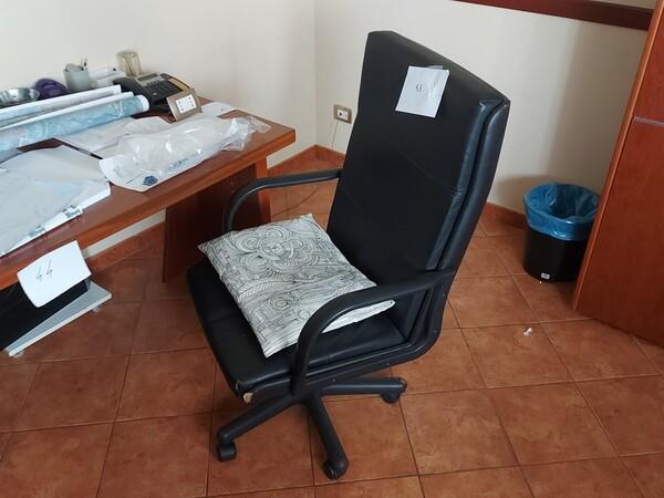 2#6058 Arredamento ufficio in vendita - foto 18