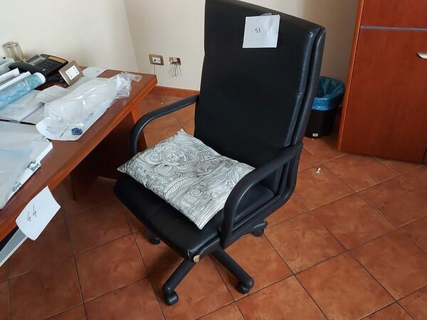2#6058 Arredamento ufficio in vendita - foto 19