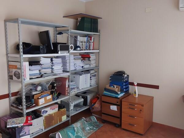 2#6058 Arredamento ufficio in vendita - foto 27