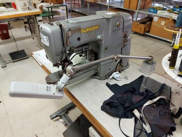 103#6059 Macchine lineari Juki e Pfaff in vendita - foto 6