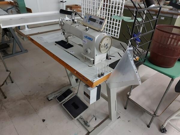 141#6059 Macchini lineari Juki DDL-9000DS e piano da stiro Ticiesse in vendita - foto 4